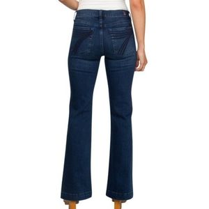 7 FOR ALL MANKIND / DOJO FLARE JEANS / SIZE 28